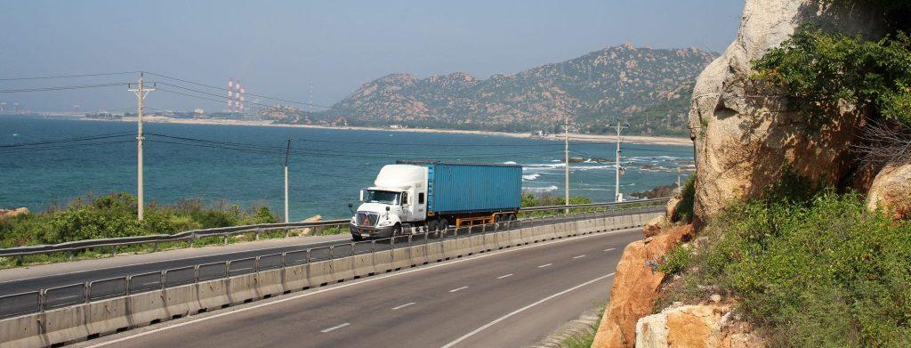 vận chuyển hàng bằng container