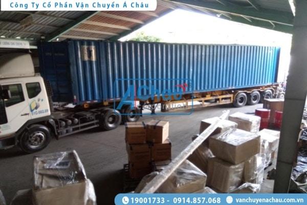 Chở hàng bằng container đi An Giang