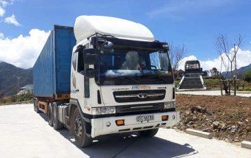 Xe container 40 feet Á Châu