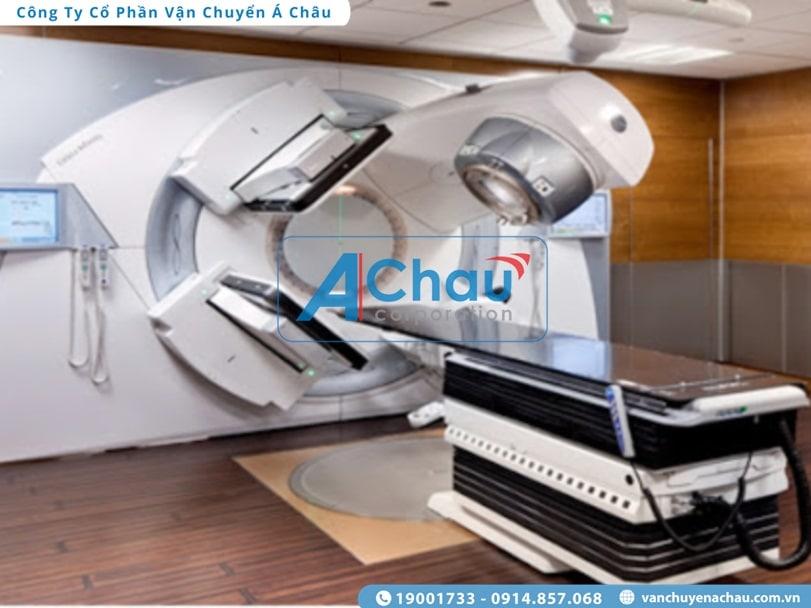Chở hàng thiết bị y tế