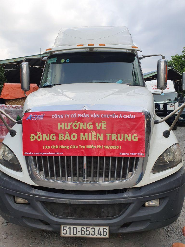 container chở hàng cứu trợ